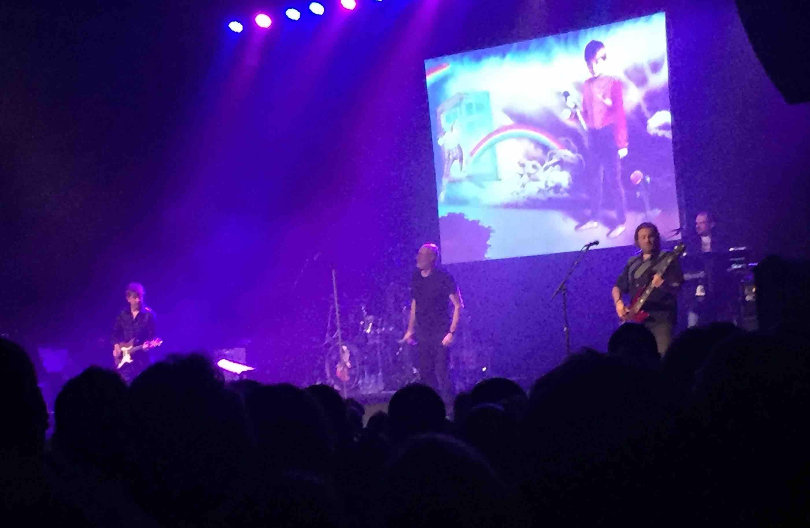Fish on stage, Glasgow