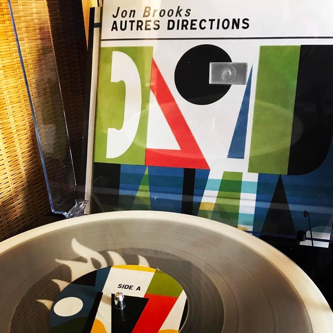 Jon Brooks – Autres Directions
